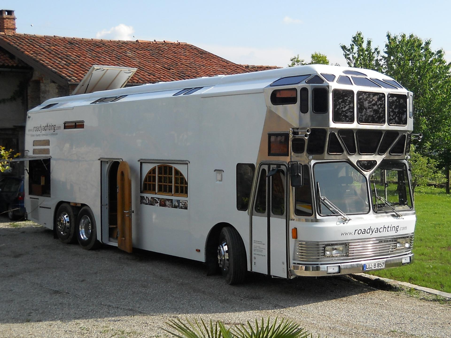 bus reisen bus travel nightliner bus service bus reisen. Black Bedroom Furniture Sets. Home Design Ideas